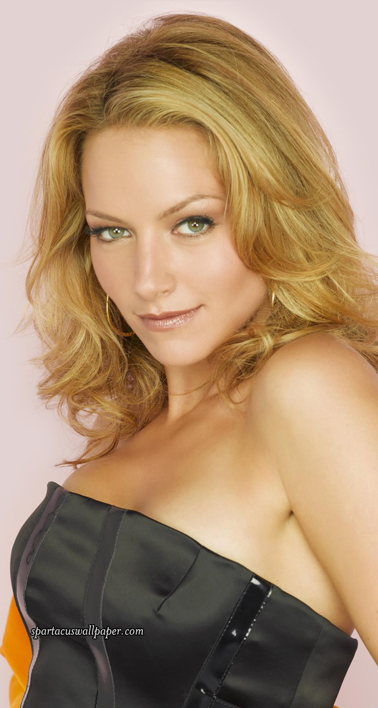 Becki Newton Nude Photos 28